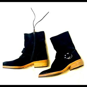 Free People black suede Vienna ankle boots SZ 8